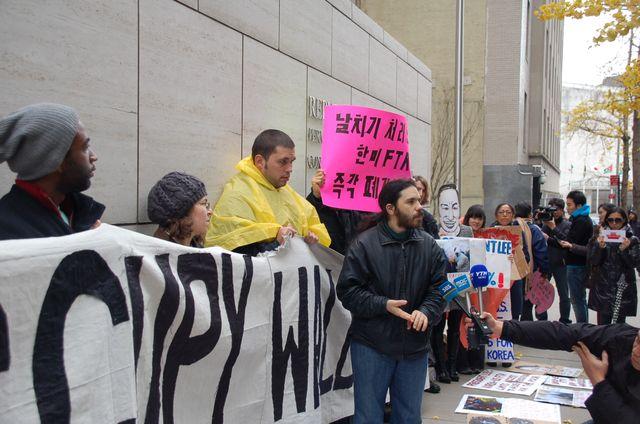 2011 Protest against FTA KO-USA (49)
