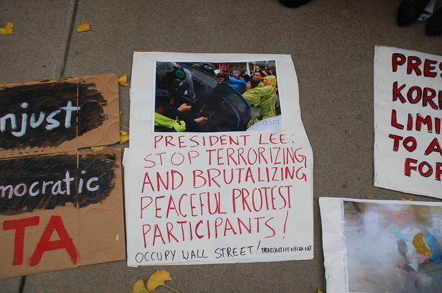 2011 Protest against FTA KO-USA (52)
