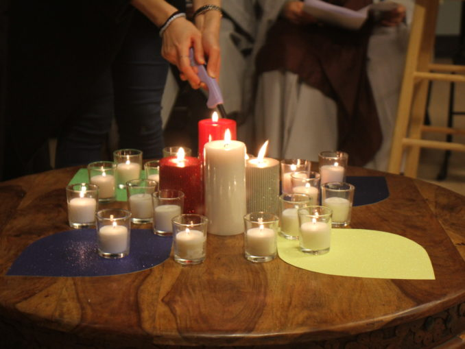 2014 Interfaith Xmas Service (13)