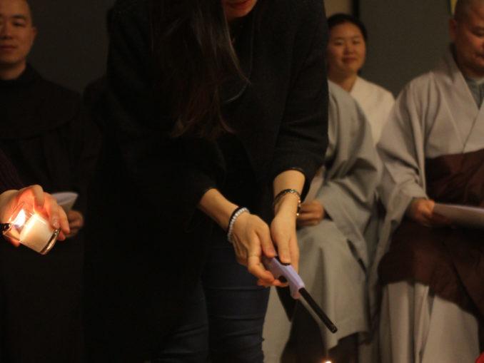 2014 Interfaith Xmas Service (16)