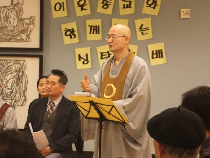 2014 Interfaith Xmas Service (34)