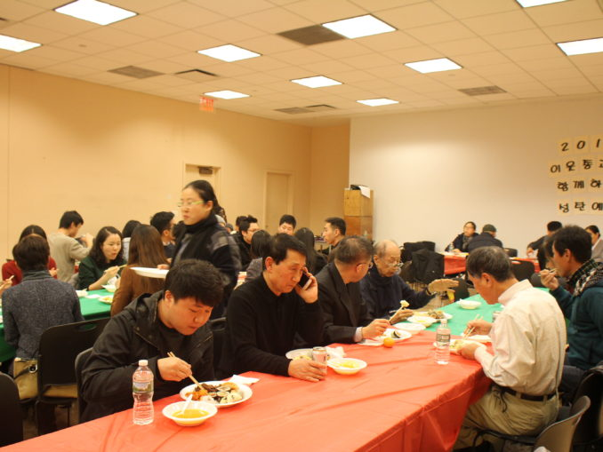 2016 Interfaith Xmas Service (43)