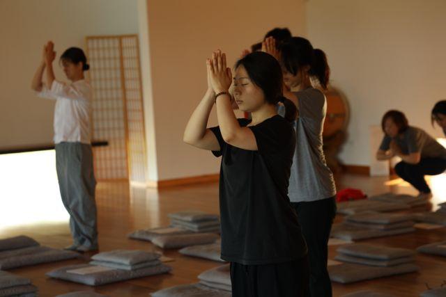 9. Meditation 108 Deep Bow (4)